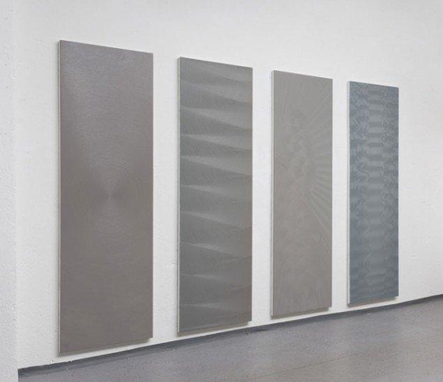 Sophie Tottie: White Lines IV. 2012-13, olie på polyester og lærred. (Pressefoto)