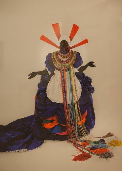 Mary Sibande: Her Majesty, Queen Sophie, 2010. Digitalt print (udg. af 10), 110 x 80 cm. På Possession. Art, Power and Black Womanhood, New Shelter Plan. Foto: Johan Rosenmunthe