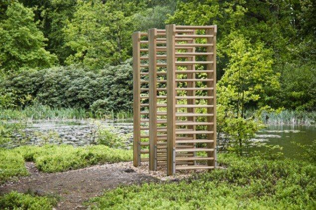 Molly Haslund: Three Double Wall Bars. Foto: Matilde Haaning.