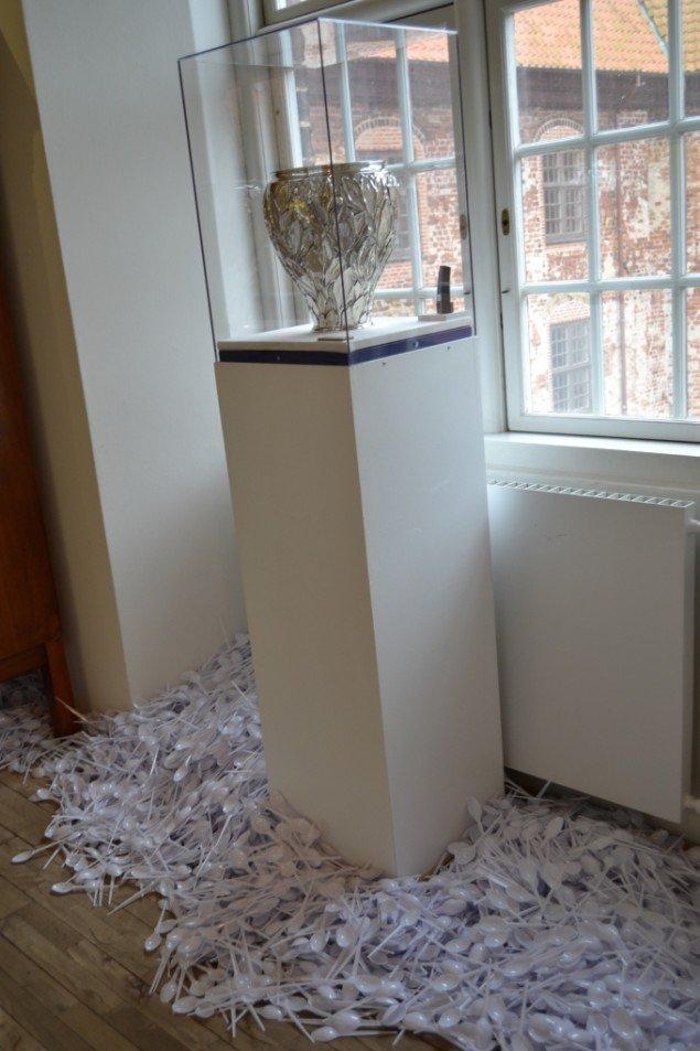 Niels Pugholm: Skeer, 2014. På Zimmer Frei, Museet på Koldinghus indtil d. 30/11. Foto: Museet på Koldinghus