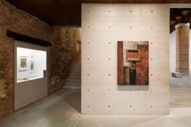 Martin Wong, Untitled (with brick in brick), 1988. Pinault Collection. ©The Estate of Martin Wong. Installation view at Punta della Dogana 2015. (Foto: Fulvio Orsenigo)